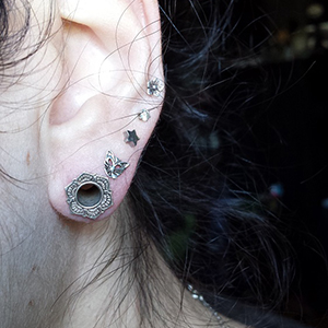 Sterling silver Lotus eyelets 4g  (pair)