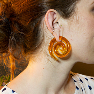 Glass super spirals (Honey) 0g  (pair)