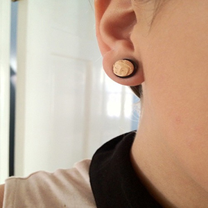 Black horn plugs with bone Buddha face inlays 00g/10mm  (pair)