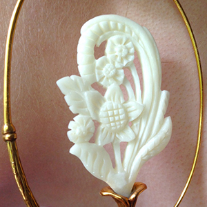 22K gold plated Blossom design 18g  (pair)