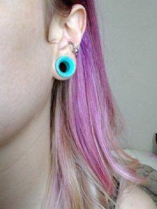 """Synthetic turquoise stone eyelet 9/16""""   -- Photo # 75100"""