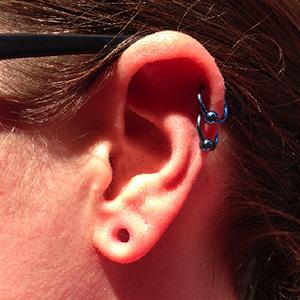"Titanium captive bead ring 16g 3/8"" Teal -- Photo # 61437"