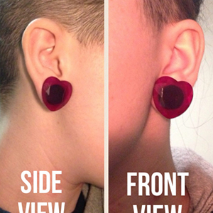 """Red glass faceted heart plugs 9/16""""  (pair)"""