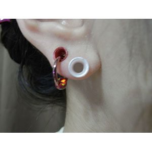 "Silicone earskin (White pearl)  4g  (5/16"" wearable)"