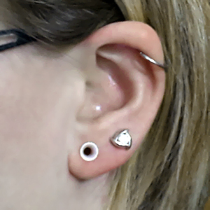 "Silicone earskin (White pearl)  6g  (5/16"" wearable)"