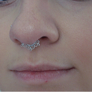 14K white gold Dance septum clicker 14g