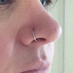 "Nose Hoop 18g 5/16"" dia."